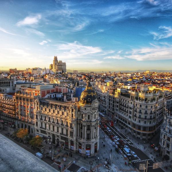 Madrid-edificio-metropoli-gran-via