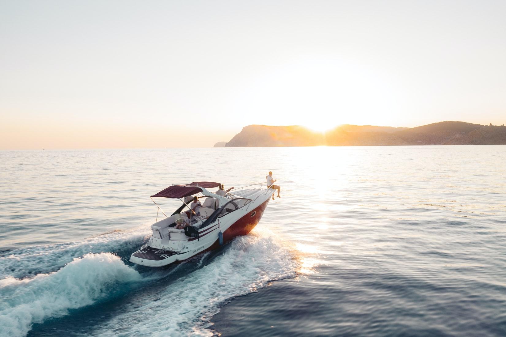 jacht-zonsondergang