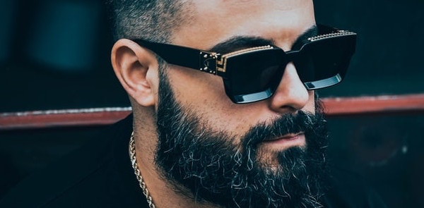 lange-baard-zwart