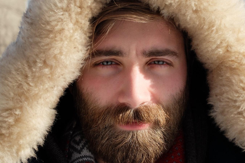 man-bruine-baard