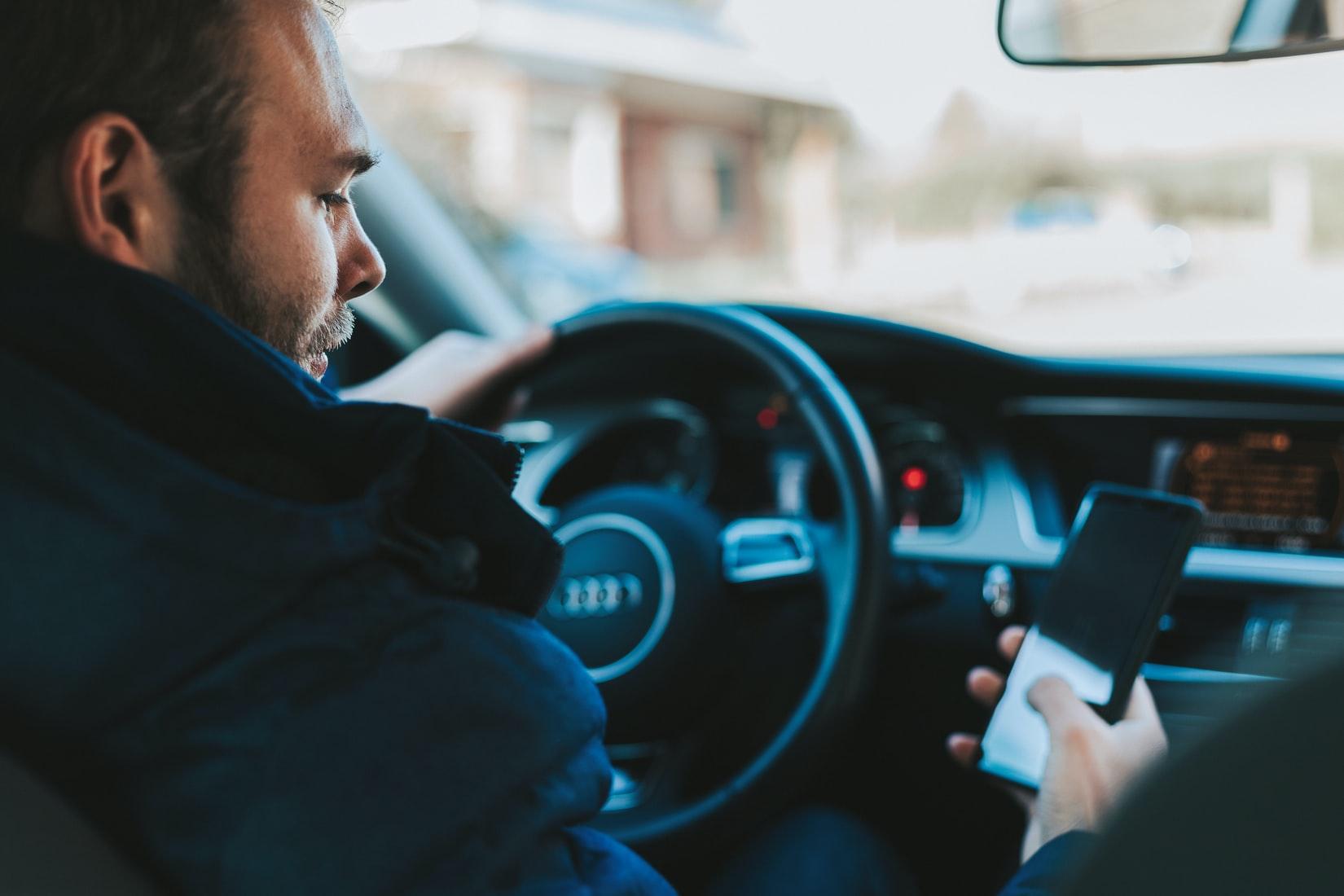 telefoon-auto-rijden