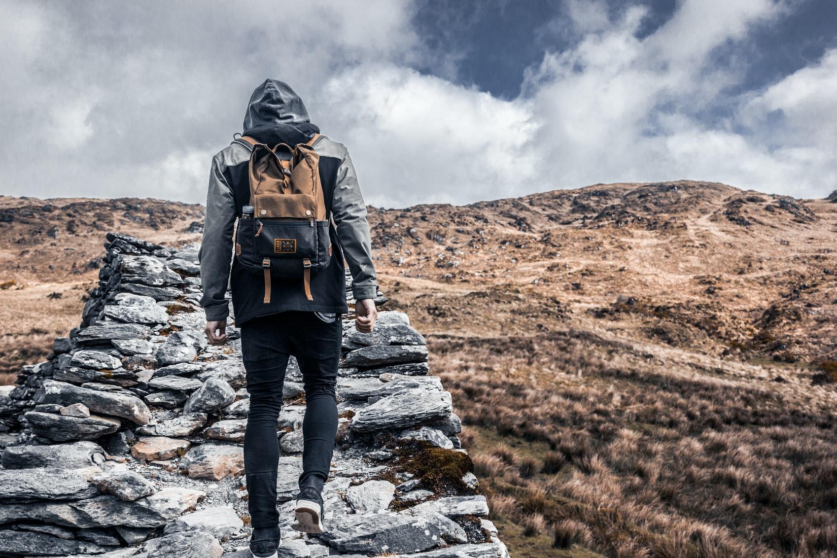 hiken-berg-opwaards
