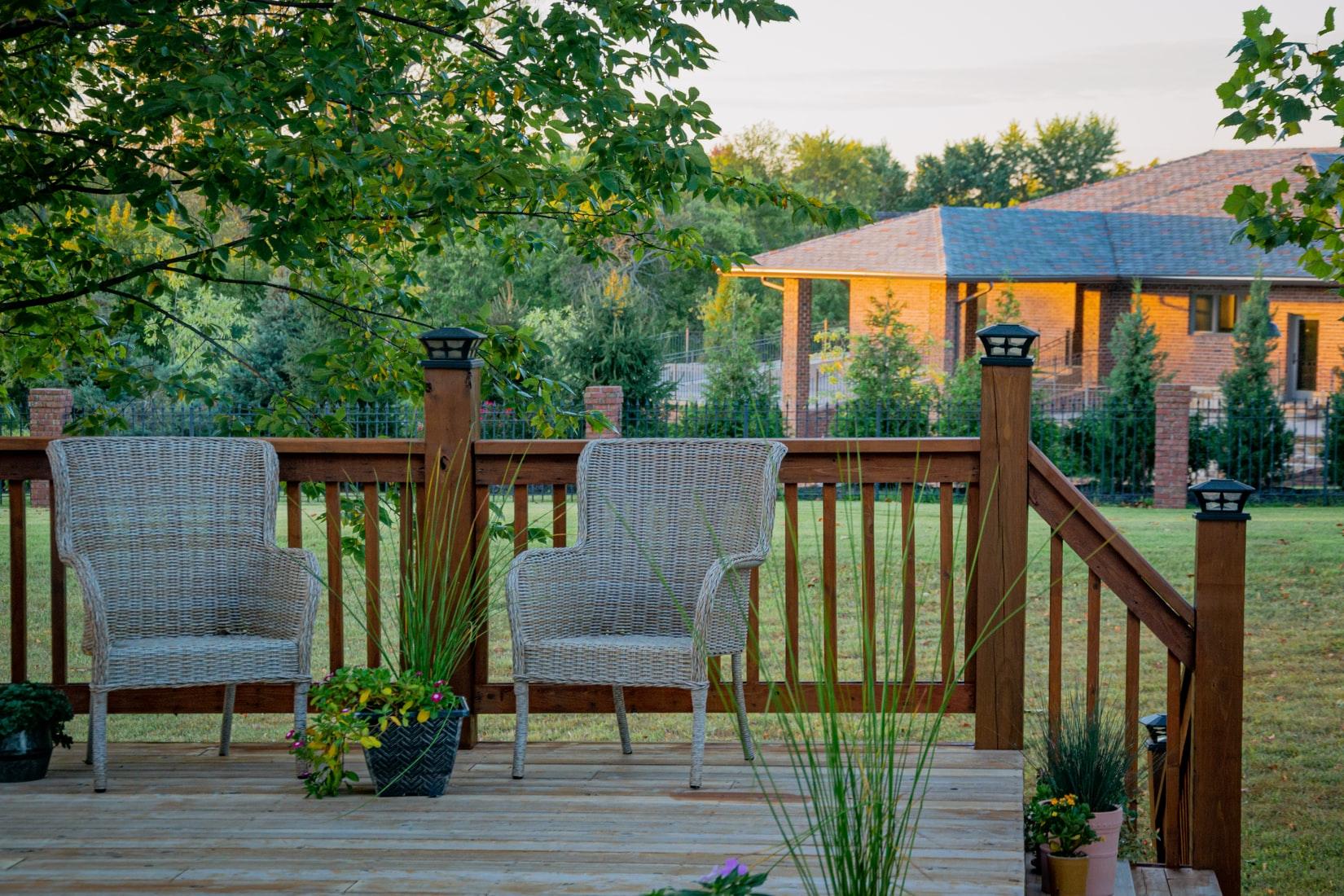tuin-stoelen-veranda
