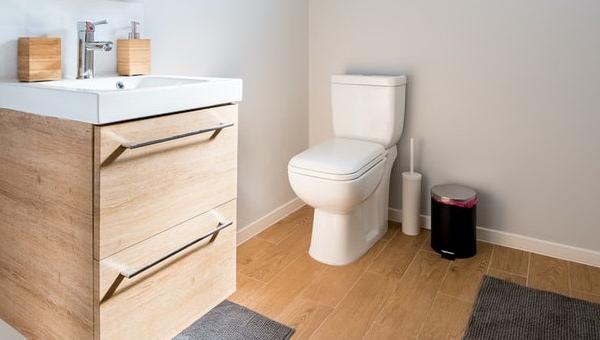 tweedelig-toilet-wit