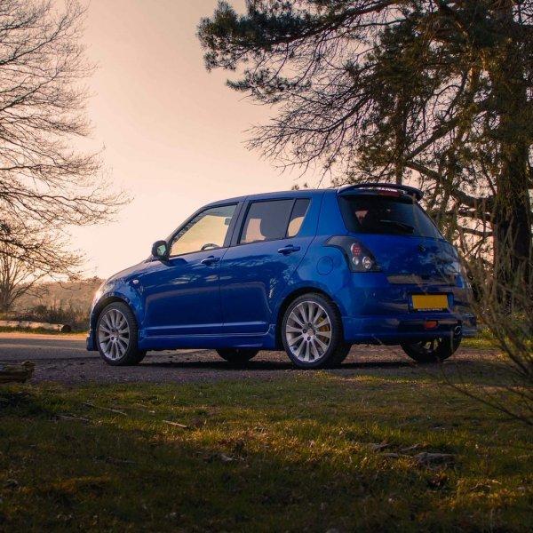 Suzuki Swift blauw